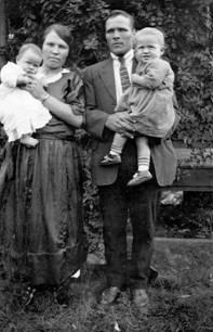 дядя Осип с семьей в Австрали